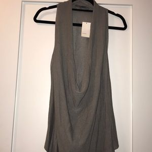 Tops - NWT vince sleeveless knit.